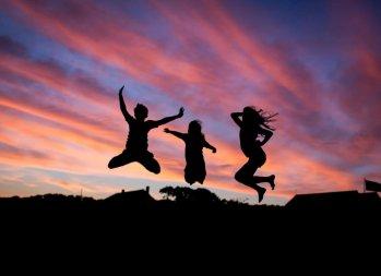 Three Girls Dish About Money